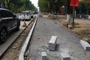 Dự án xén vỉa hè làm điểm đỗ xe ở TP Vinh bị 'tuýt còi'