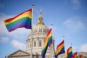California thông qua dự luật mới - mở ra giai đoạn phát triển cho cộng đồng LGBT