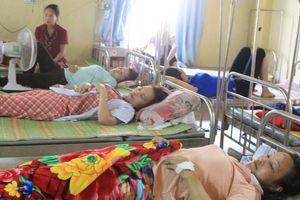 115 nữ công nhân bị ngộ độc khí: Cuộc sống gia đình xáo trộn