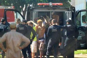 Bạo loạn đẫm máu ở nhà tù Brazil