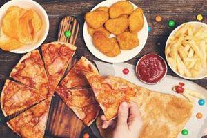 Đồ ăn nhanh gây hại cho sức khỏe như một căn bệnh nghiêm trọng