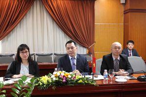 Thứ trưởng Bộ Công Thương Đặng Hoàng An làm việc với Thứ trưởng Bộ Công nghiệp Belarus