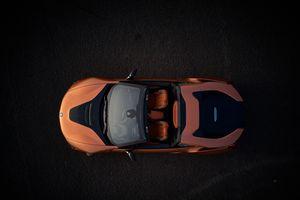 BMW i8 Roadster lên kệ vào tháng Ba với giá 164.295 USD