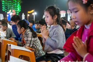 Hà Nam: Lễ cầu an đầu năm dành riêng cho giới trẻ tại chùa Ninh Tảo