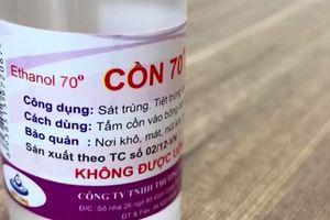 Hàng loạt nhà thuốc ở Hà Nội bán cồn, nước muối sinh lý độc hại cho người tiêu dùng