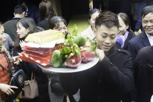 Bất ngờ khi đi lễ hội chùa Đậu - nơi không đốt vàng mã, hương nến