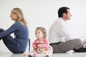 Những điều cần biết về tranh chấp quyền nuôi con khi ly hôn