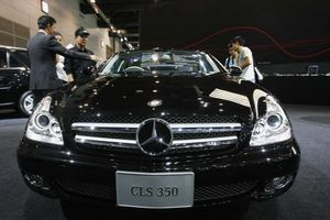 'Ông trùm' xe hơi Trung Quốc tham vọng gì khi thâu tóm Mercedes-Benz?