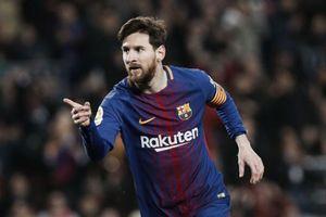 Messi lập 2 kỷ lục vô tiền khoáng hậu trong ngày ông ngoại qua đời
