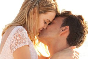 Lợi ích bất ngờ của nụ hôn không phải ai cũng biết