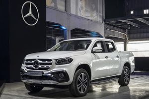 Bán tải Mercedes-Benz X-Class mạnh nhất giá 1,48 tỷ đồng