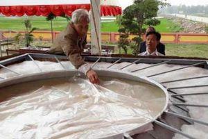 Vài suy nghĩ về chiếc 'bánh giầy' 3 tấn dâng tiến vua Hùng