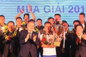 Quảng Nam tổ chức lễ mừng công và xuất quân hướng đến V.League 2018