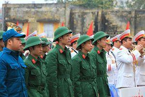 Hà Nội tiễn hơn 3.000 thanh niên lên đường nhập ngũ