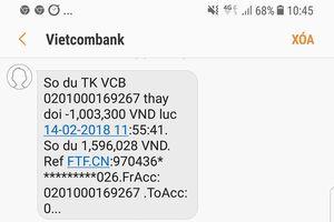 Khách lo ngại vì nhận đường link lạ từ Vietcombank sau khi rút tiền