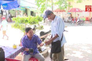 Khâm phục người bán vé số nghèo thi đậu công chức ở Sóc Trăng