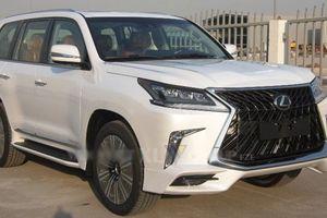 Xe sang Lexus LX570 Super Sport hơn 10 tỷ về Việt Nam
