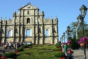 Nhà thờ to đẹp ở châu Á nổi tiếng vì cháy nhiều lần