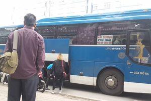Hà Nội: Xe 'dù' bến 'cóc' tung hoành, náo loạn nhiều tuyến đường nội đô