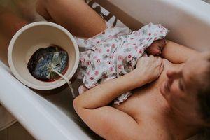 Sinh con thuận tự nhiên là gì, chuyên gia khẳng định sinh ở bệnh viện cũng thuận theo tự nhiên