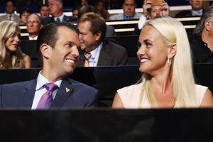 Vợ chồng con trai cả Tổng thống Donald Trump nộp đơn ly hôn