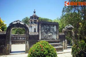 Tận mục ngôi chùa có vườn tháp cổ hoành tráng nhất Việt Nam