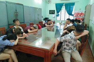Đột kích quán karaoke ở Đồng Nai, bắt hàng chục 'dân chơi' phê ma túy