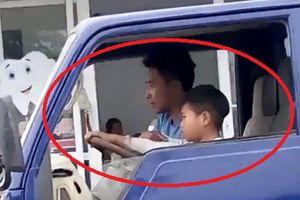 Phạt 8 triệu đồng người chú cho cháu trai 8 tuổi lái xe tải