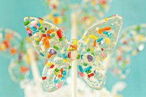Những chiếc kẹo mút 'huyền thoại' gợi nhắc về cả một trời tuổi thơ đầy thương nhớ