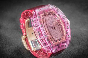 RM Sapphire hồng 07-02 giá 1,2 triệu USD về tay nữ chủ nhân người Việt