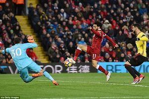 'Siêu nhân' Salah đang trên đường phá kỉ lục của kỷ lục gia Ronaldo