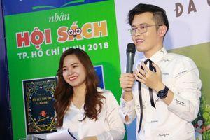 Nhà văn 'triệu bản' Anh Khang khuấy động Hội sách Sài Gòn