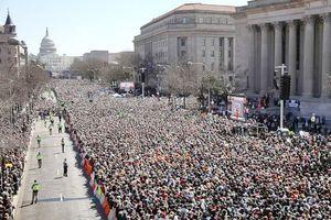 Mỹ rung chuyển bởi triệu người tuần hành phản đối bạo lực súng đạn