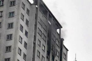 Cháy căn hộ tầng 21 chung cư Văn Khê, Hà Đông