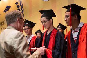VUS nhận chứng nhận NEAS, lập kỷ lục Việt Nam với 100.000 học viên đạt chứng chỉ Quốc tế