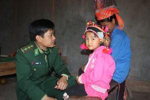 Đồng hành cùng bà con nơi biên cương Tổ quốc