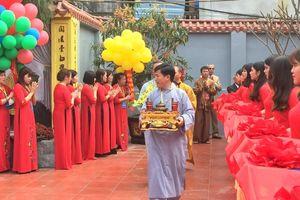 Niềm hân hoan của người dân Trai Trang trong ngày Lễ khánh thành đại trùng tu chùa Nghĩa Lộ