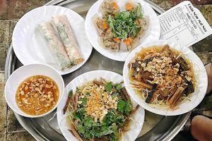 Một vòng điểm danh những quán nộm 'đắt xắt ra miếng', lúc nào cũng nườm nượp khách ở Hà Nội
