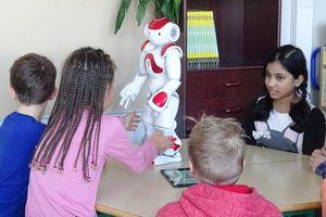 Phần Lan thử nghiệm giáo viên robot dạy Toán và ngoại ngữ