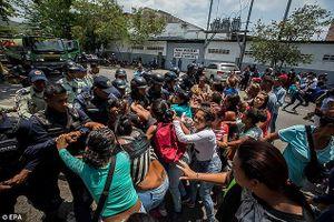 Bạo loạn tại Venezuela, 68 người chết tại nhà tù của cảnh sát