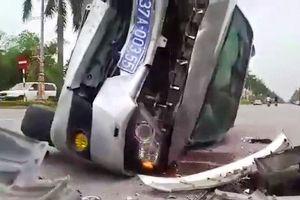 Nghệ An: Tông xe con rẽ sang đường, xe biển xanh 'toác đầu' trên Đại lộ Lê Nin