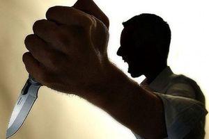 Phú Thọ: Điều tra vụ cha uống rượu cầm dao chém con gái trọng thương