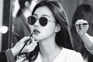 Ảnh hậu trường đẹp không cần chỉnh sửa của bạn gái mới Kim Bum