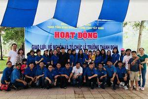 TAND tỉnh Tây Ninh giao lưu với TAND tỉnh Bình Dương