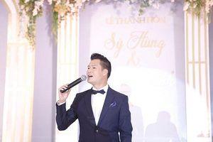 Quang Dũng hát trong 'siêu' đám cưới ở Nghệ An gây xôn xao