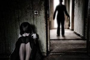 Đắk Lắk: Khởi tố, bắt tạm giam đối tượng hiếp dâm con gái ruột