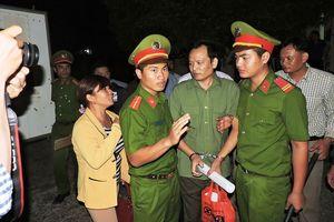 Thiếu tá công an hầu tòa vì bị cáo buộc hủy hoại rừng