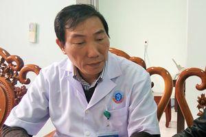 Nguyên giám đốc bệnh viện huyện nộp đơn thôi việc khi bị điều chuyển