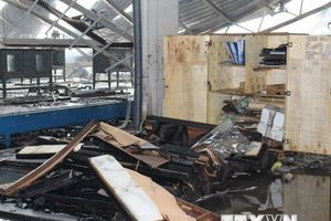 Vụ cháy kho hàng ở Bình Dương: Cứu được số tài sản 120 tỷ đồng