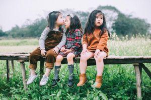 Ngắm vẻ đẹp gây thương nhớ của bộ ba 'sát thủ nhí' khiến các mẹ 'đổ đứ đừ'